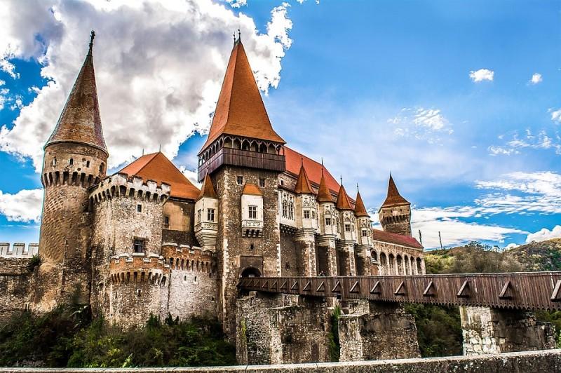 web stranica za upoznavanje Rumunjske zakačiti stranice kelowna